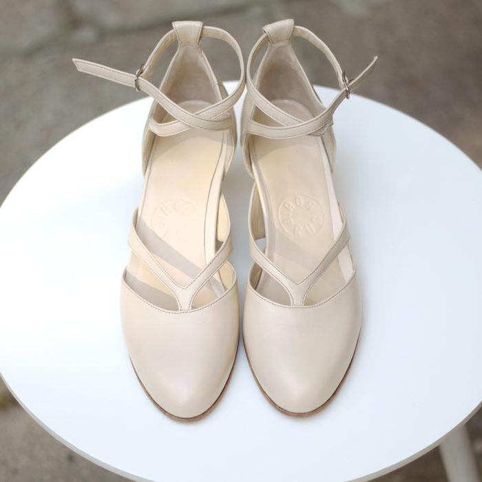 Sandałki Iris